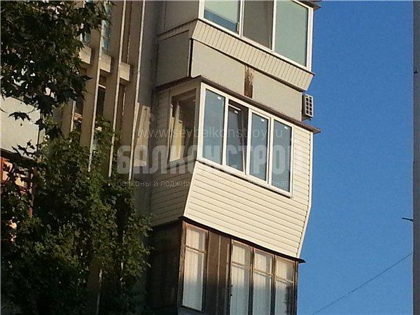Балкон под ключ. Героев Сталинграда, 52